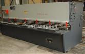 QC12Y8*3200液压摆式剪板机