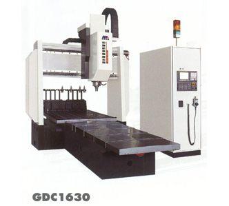 GDC系列龙门式数控铣钻床