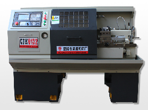 CJK6132数控机床
